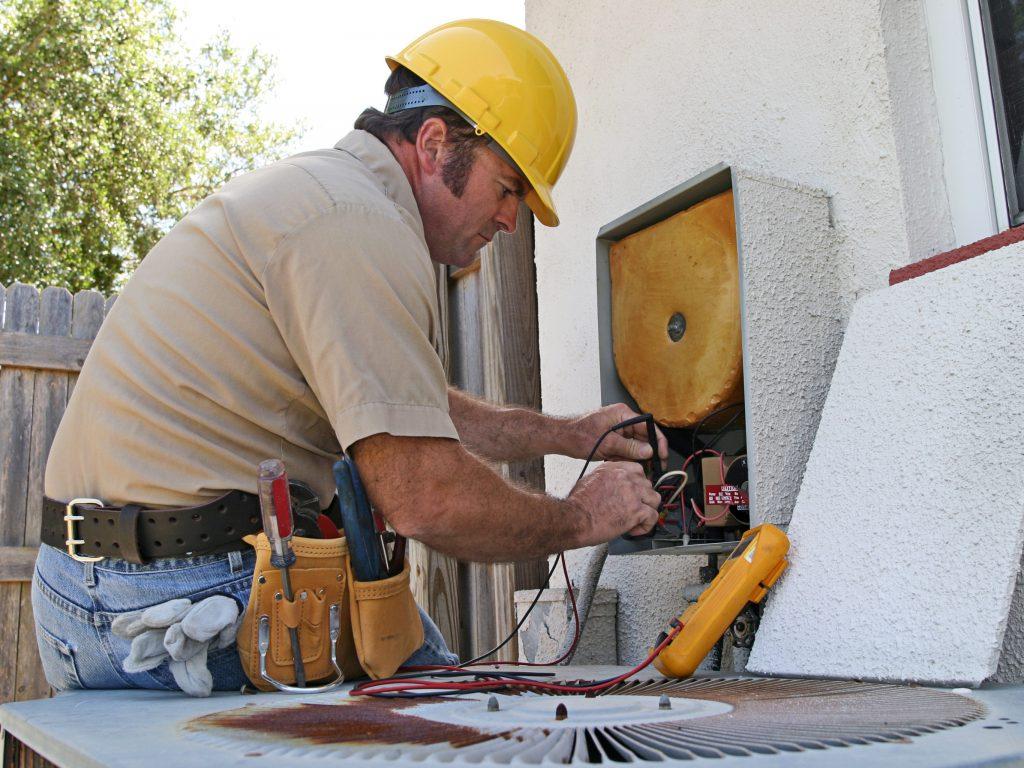 air conditioning repairman 3